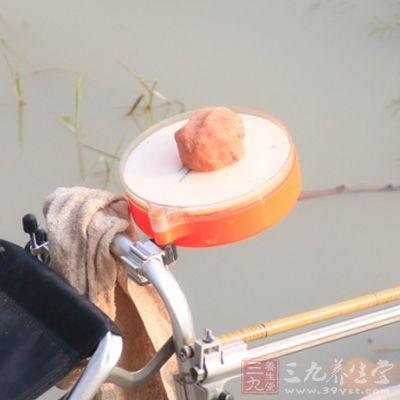 钓鲢鳙的饵料雾化要求非常高